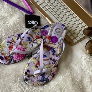 GUESS Floral Lavender Flip Flops Size 6.5 NWT